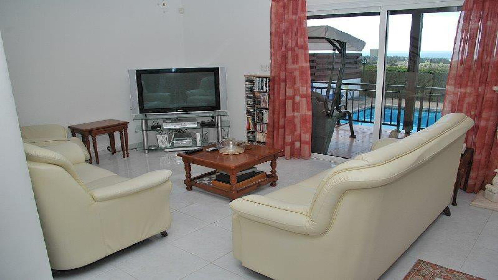 Holidays Villas Villa Rentals Holidays In Paphos Cyprus With Private Pool And Spa