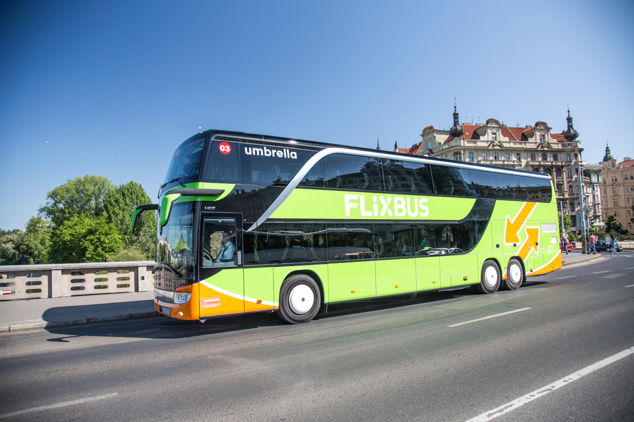 Paris Bayonne Bus Bus From Prague To Paris And From Paris To Prague Schedules Tickets