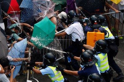 Hong Kong Democracy Protest: Key Social Media Moments of Umbrella Revolution