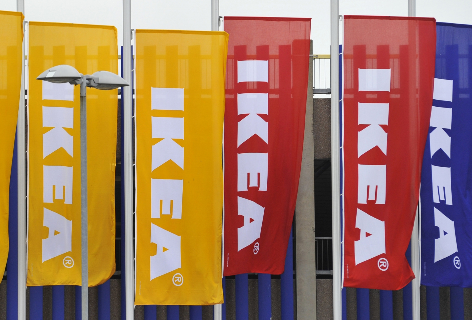 Ikea Co Worker Uk Ikea Workers Get Early Christmas Present With 10% Bonus