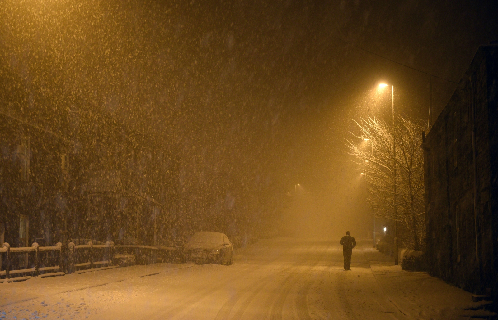 Wallpaper Fall Weather Uk Braces For Coldest Night In Years As Temperature Drops