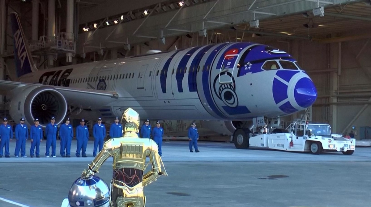 Sport Aircraft Star Wars: R2-d2-inspired Jet Revealed By Boeing