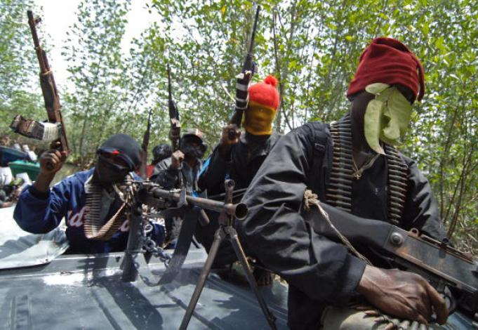 JUST IN!! NIGER DELTA AVENGERS SPITS FIRE – DROPS STRONG THREAT TO OTHER MILITANTS
