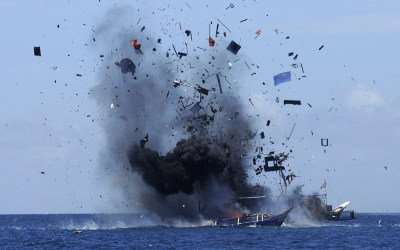 Foto Stockpile Indonesia Blows Up Foreign Boats Caught Fishing Illegally