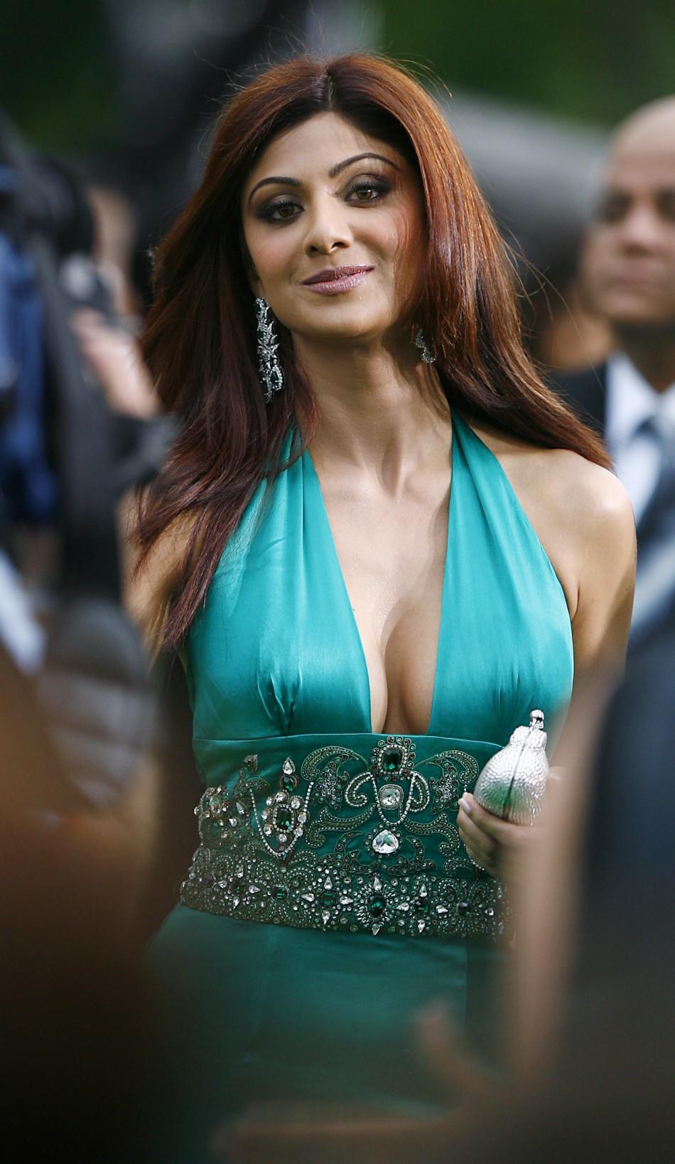 Very Bad Girl Wallpaper Bollywood Glam Girl Shilpa Shetty Pregnant Preparing For