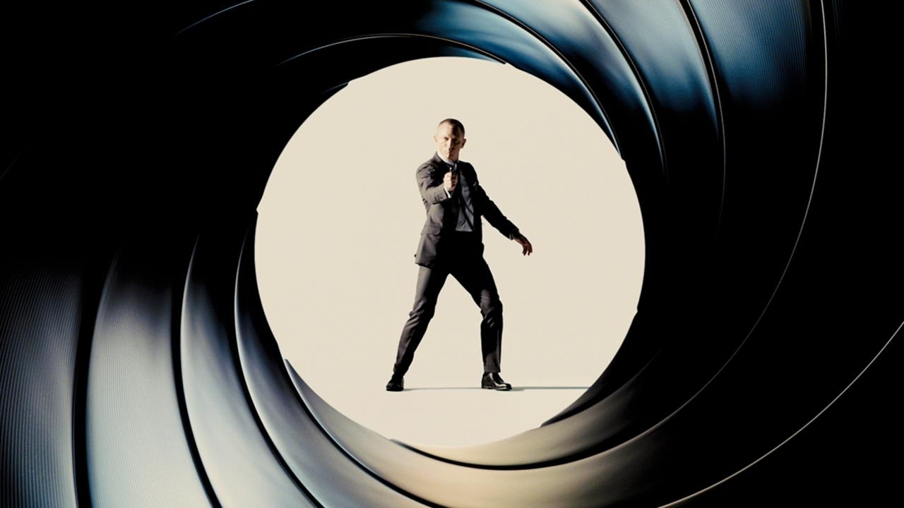 Fall Scene Wallpaper For Iphone James Bond Will Return 25th Film Announced For 2019 With
