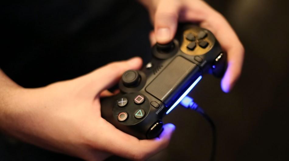 Killzone Shadow Fall Wallpaper Playstation 4 Controller S Lightbar Could Drain Battery Life