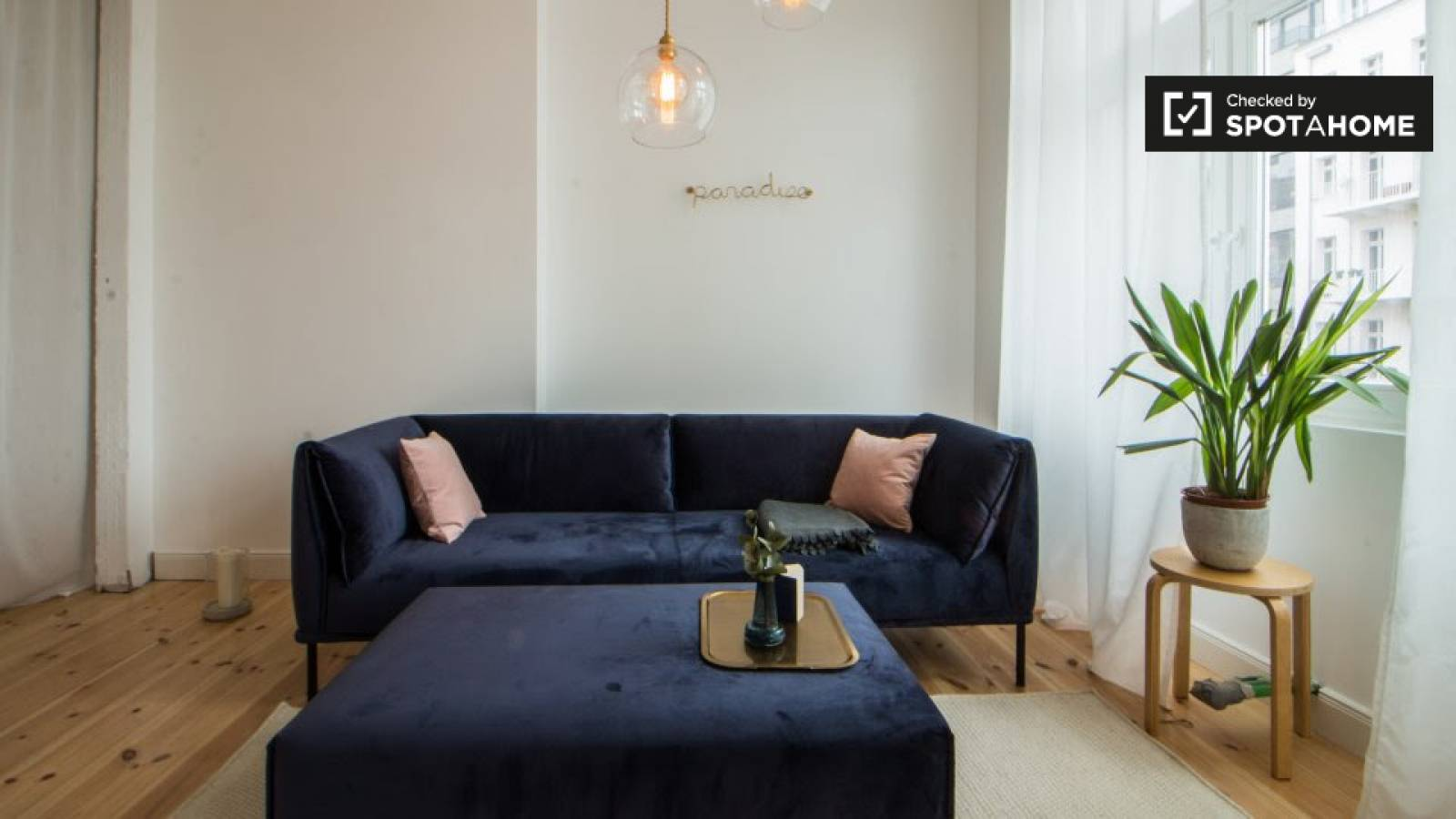 Sofa Paradies 2000 Stylish 1 Bedroom Apartment With Balcony For Rent In Prenzlauer Berg
