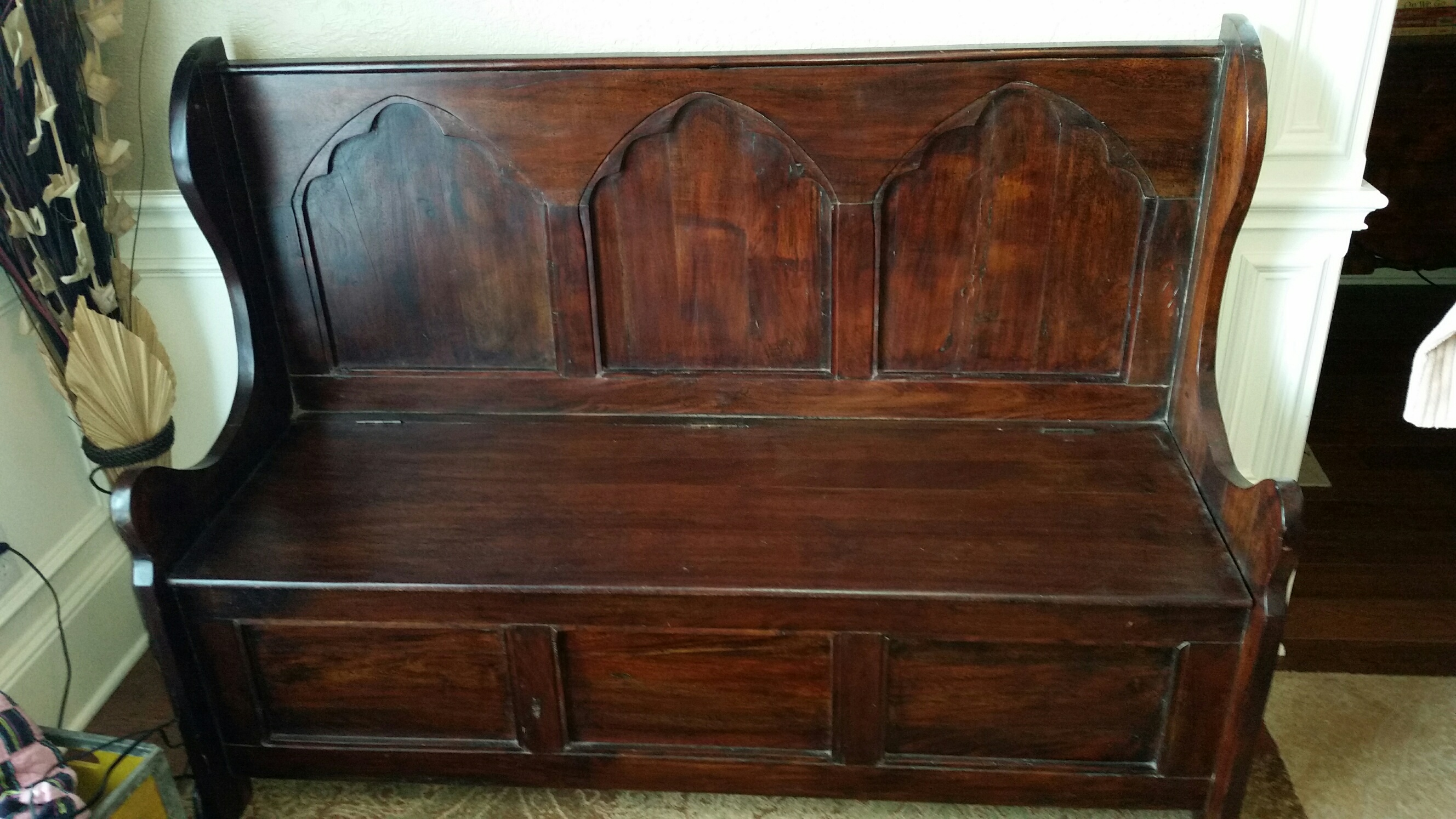 Wooden Storage Bench Wooden Storage Bench Antique Appraisal Instappraisal