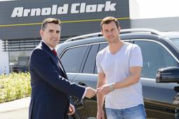 Arnold Clark Sponsors Davis Cup Captain Leon Smith Obe