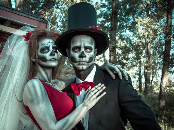 Where to Find the Best Halloween Costumes Enlighten Me
