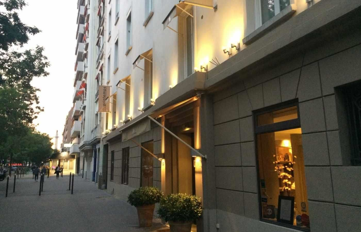 Le Printemps Paris Hotel Du Printemps Paris Official Site 2 Star Charm Hotel