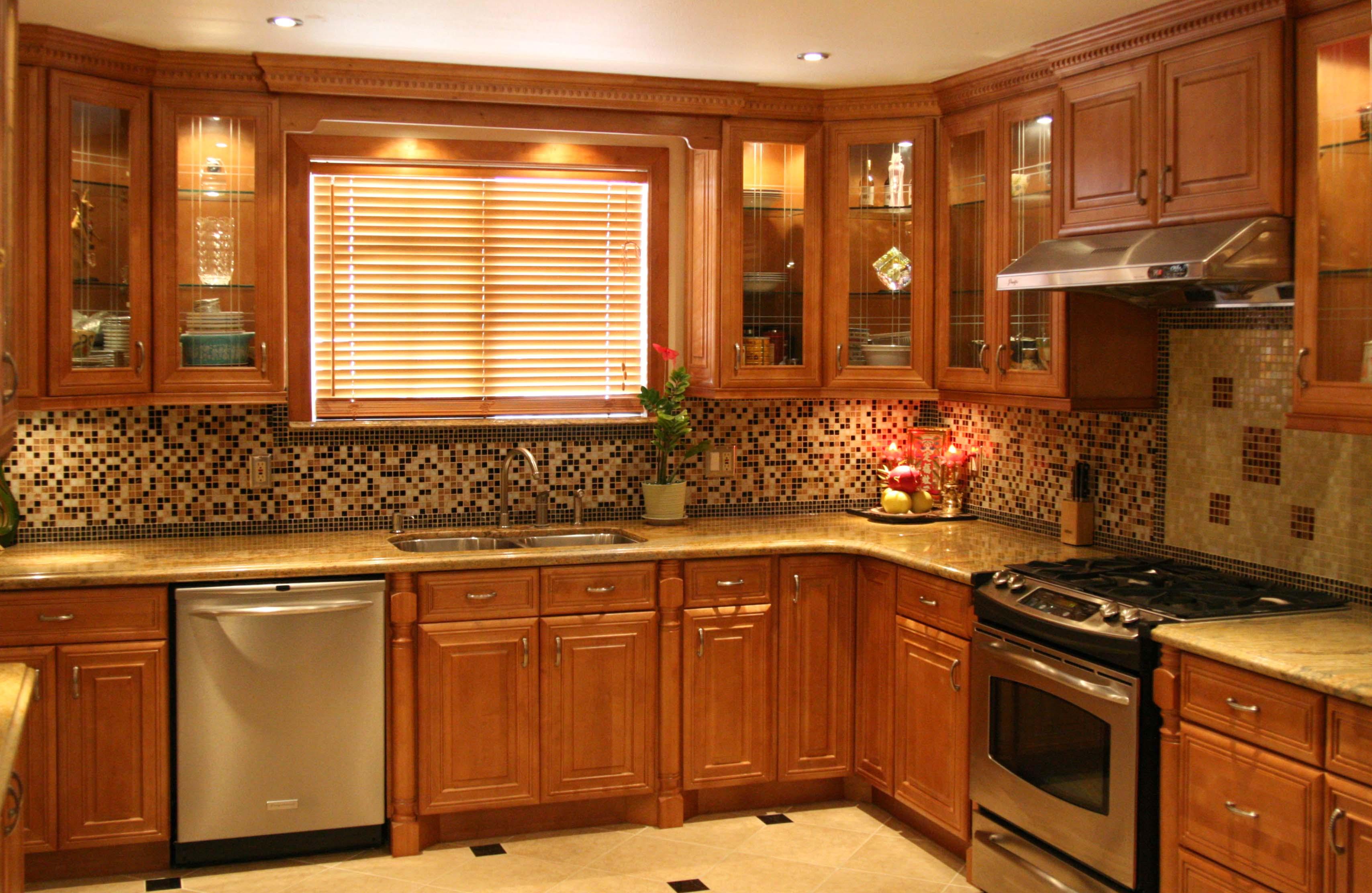 solid wood vs laminate kitchen cabinets wood kitchen cabinets Solid Wood vs Laminate Kitchen Cabinets