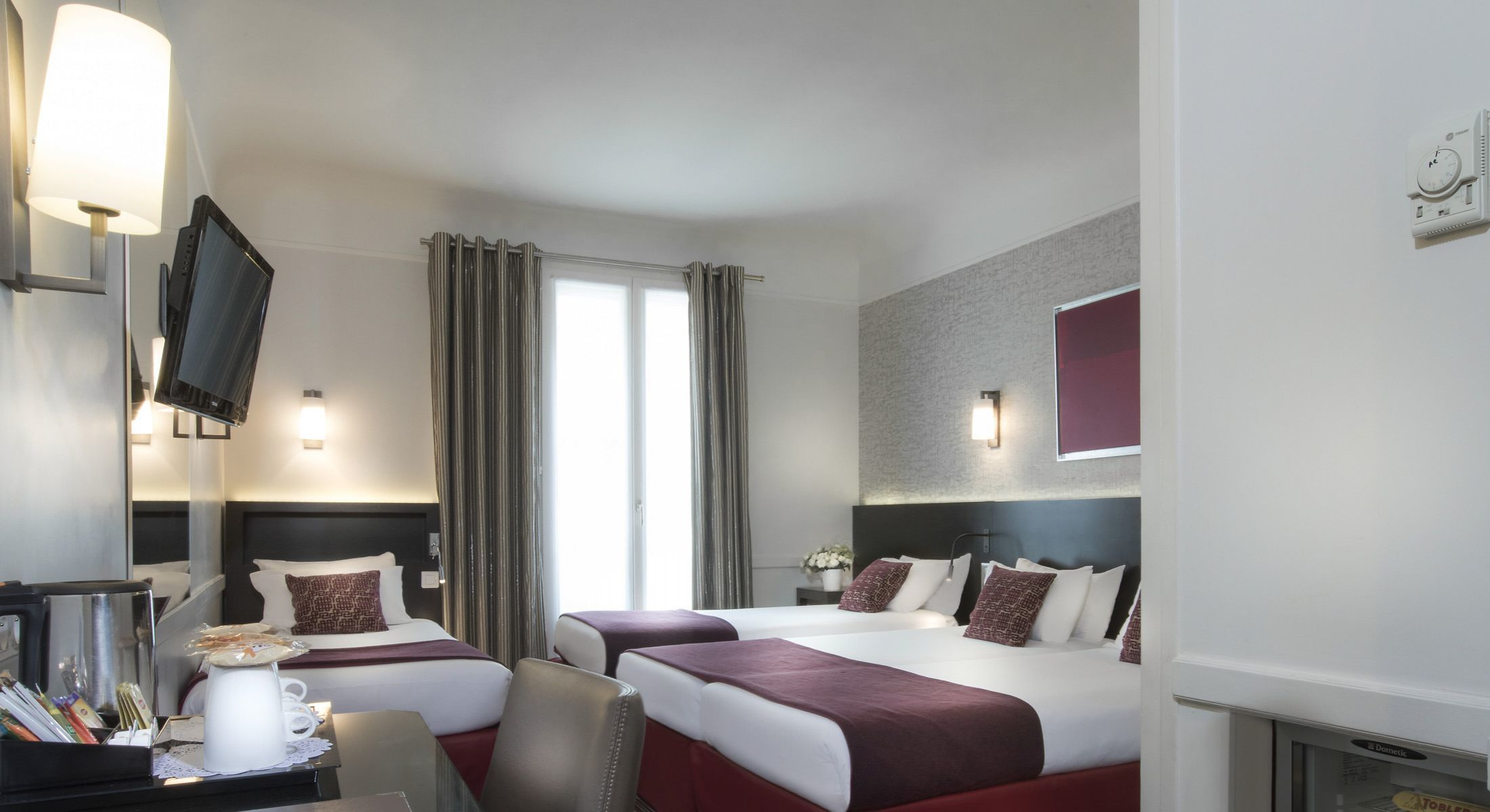 Libros Carrefour Hotel Elysees Union Paris Official Site 3 Star Hotel Near