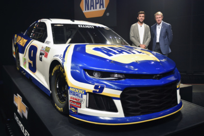 Chase Elliott Car 2017 Wallpaper Elliott Fired Up To Drive No 9 Napa Auto Parts Camaro In