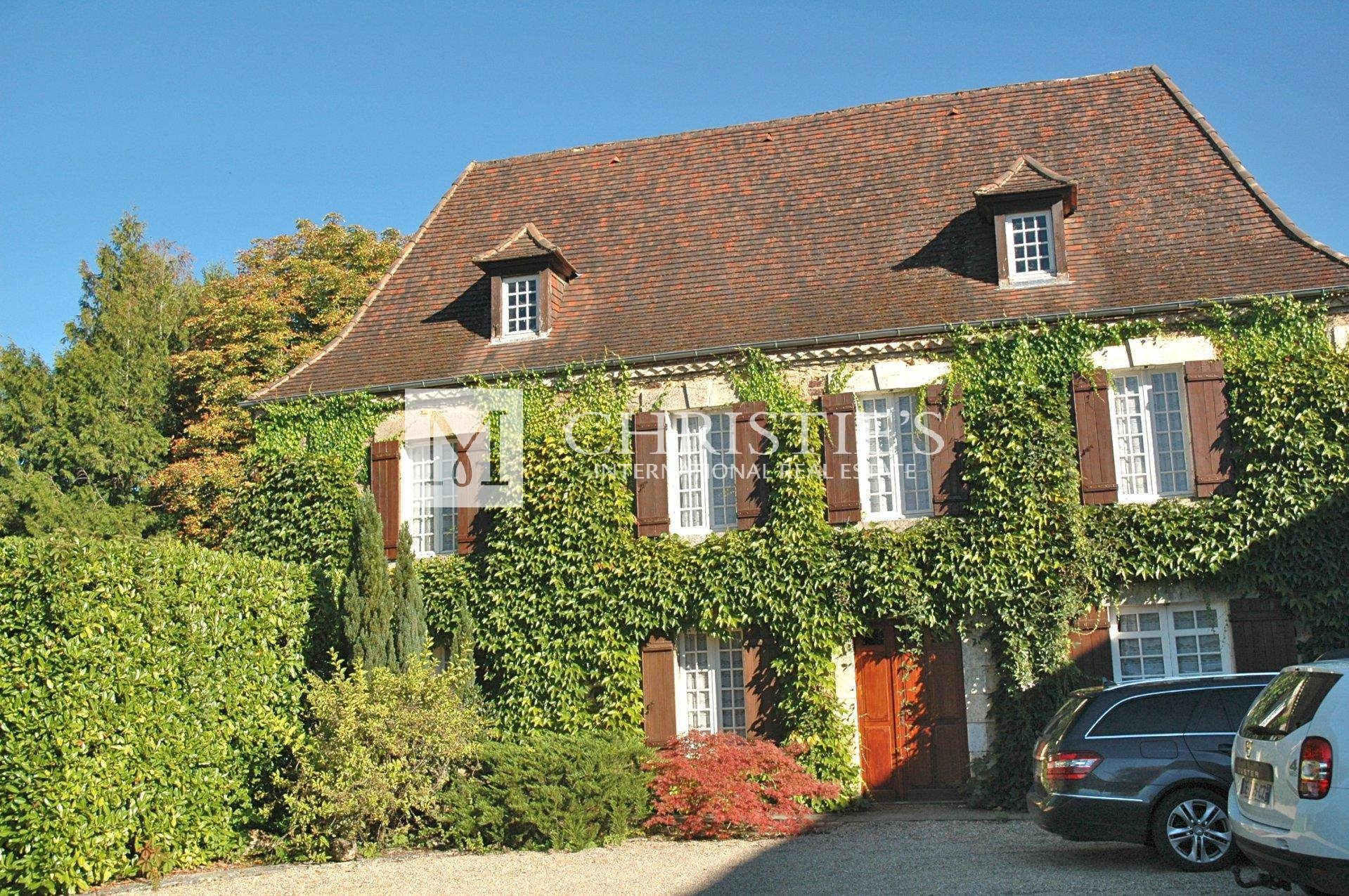 France Habitation Service Client Luxury House And Guest House For Sale With Two Pools And Views