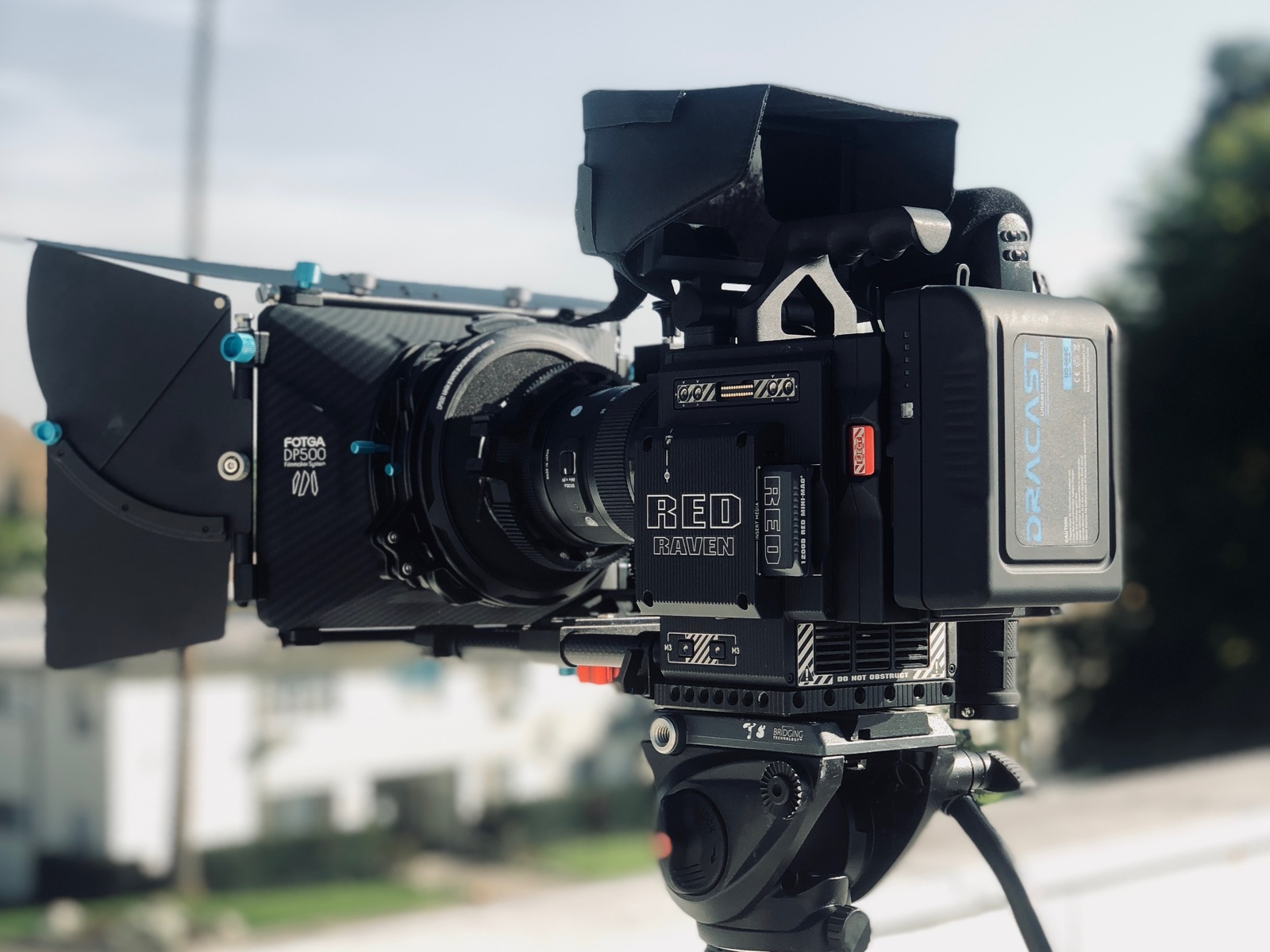 Red Raven Specs Rent A Red Raven Package 3 With Lens Mattebox Follow Focus More Best Prices Sharegrid Los Angeles