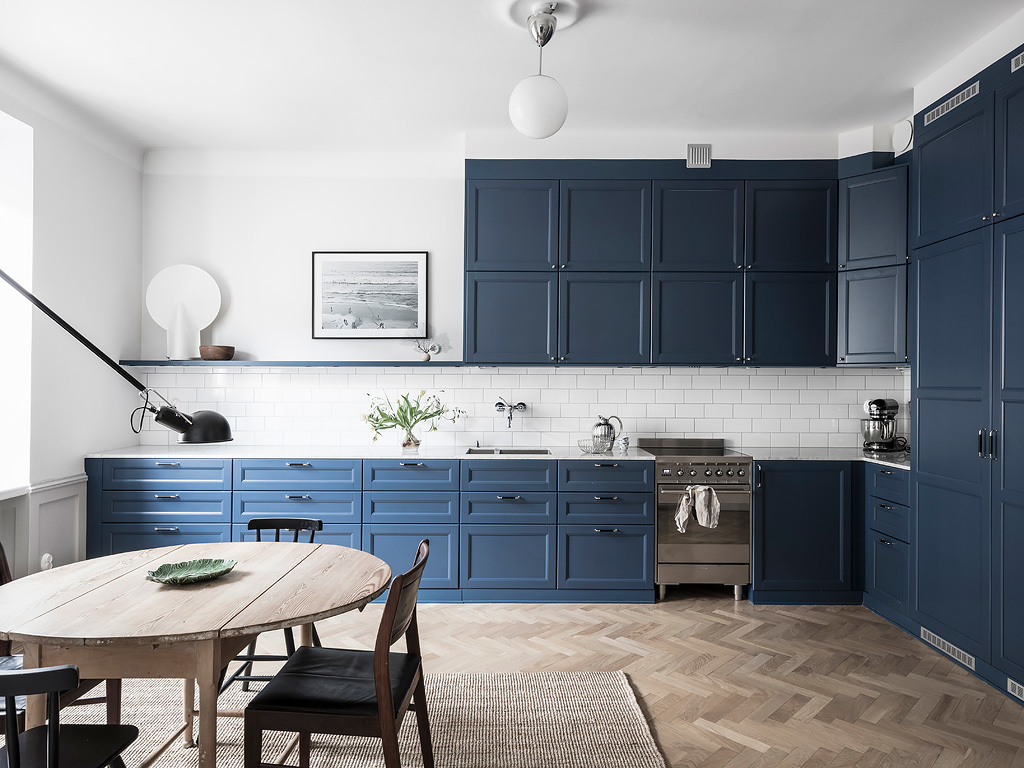 Polypropyleen Keuken Shop The Look Scandinavisch Interieur Met Blauwe Keuken Alles