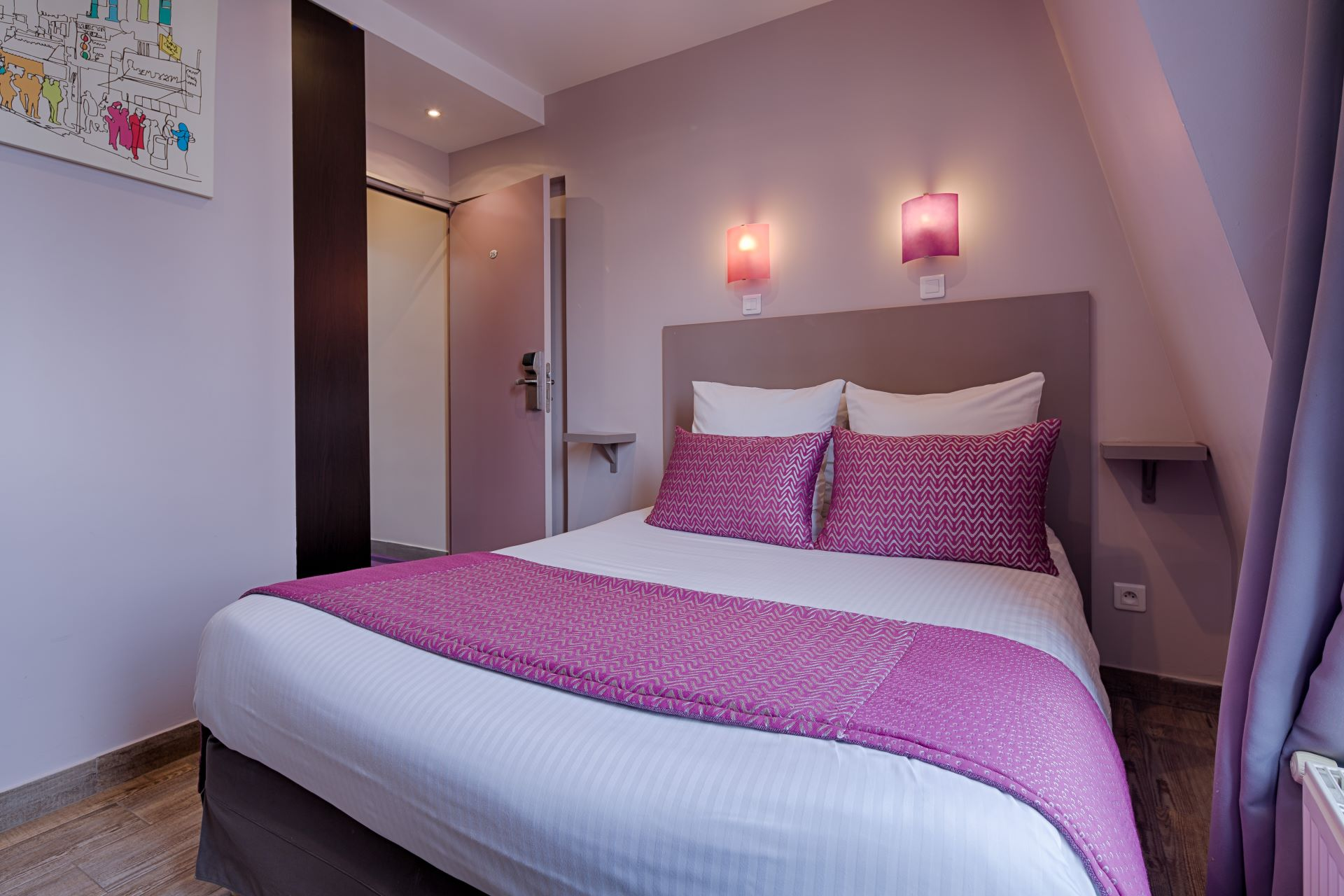 Chambre Paris Sweet Hotel In Paris Book A Hotel Located In The Heart Of The