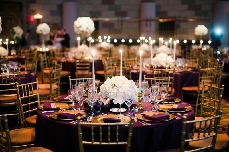 Reception Décor Photos - Low White Hydrangea Centerpiece at Round - wedding reception round tables
