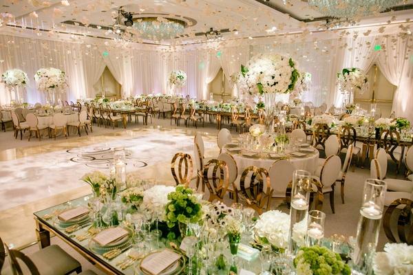 Romantic Jewish Wedding With Lush Ivory Flowers Rose Gold Details Inside Weddings