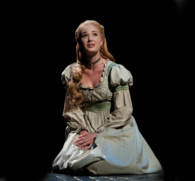 Sierra Boggess Returns to London as Fantine in \u0027Les Misérables - sierra boggess resume