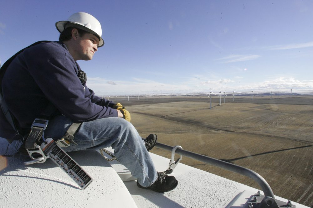 Wind Turbine Technician Blows Away Competition As Country\u0027s Fastest