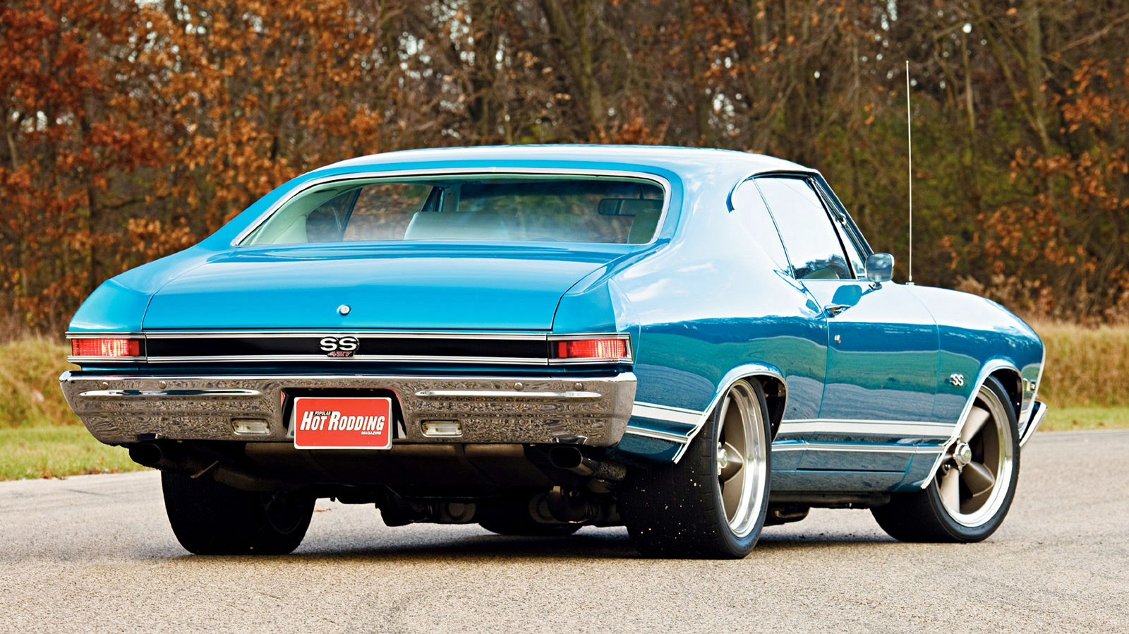 Chevelle Ss Wallpaper 1968 Chevy Chevelle Ss Rear View Wallpaper Autos Faxo