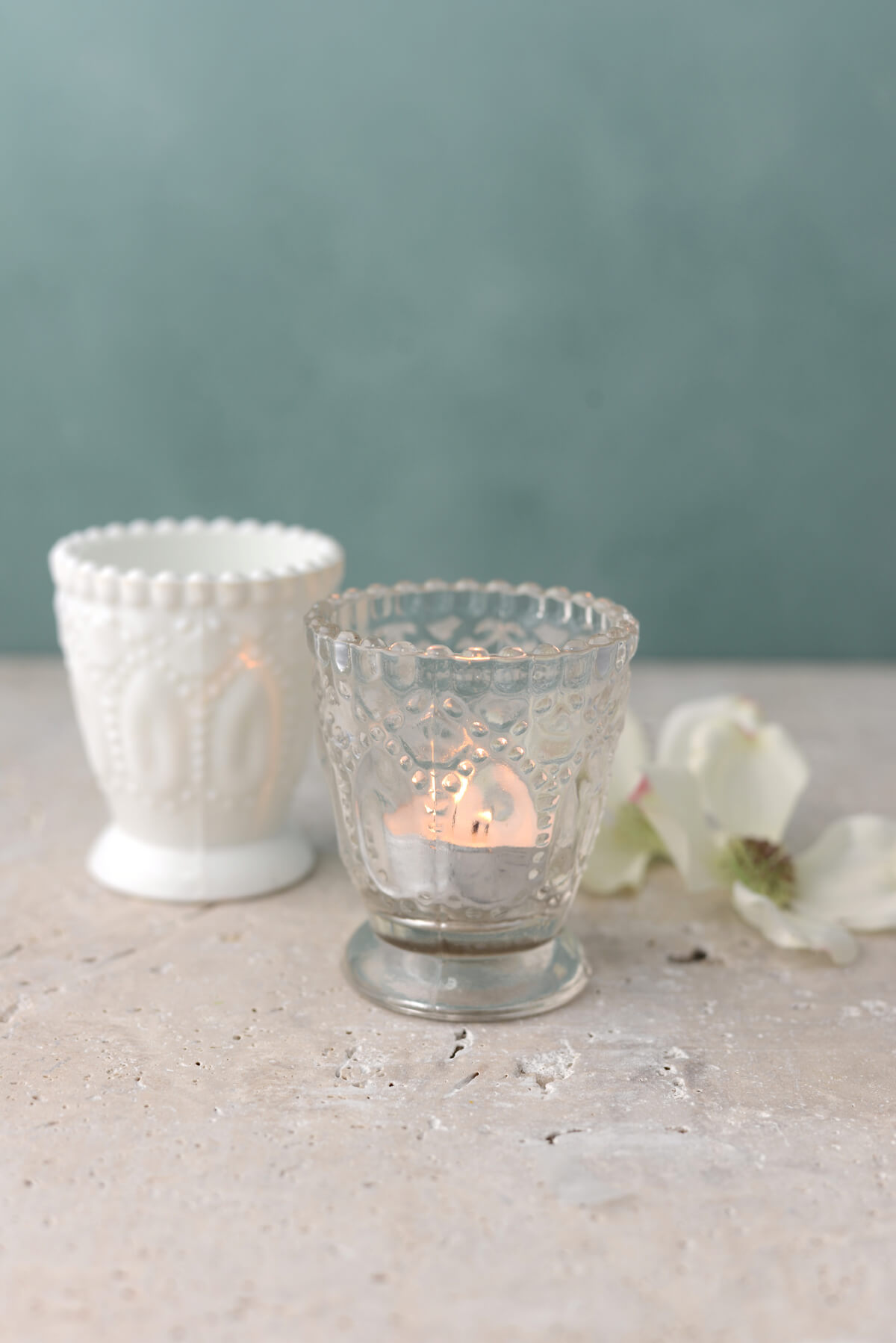Natural Wood Coffee Table 6 Clear Glass Hobnail Heirloom Votive Candle Holders