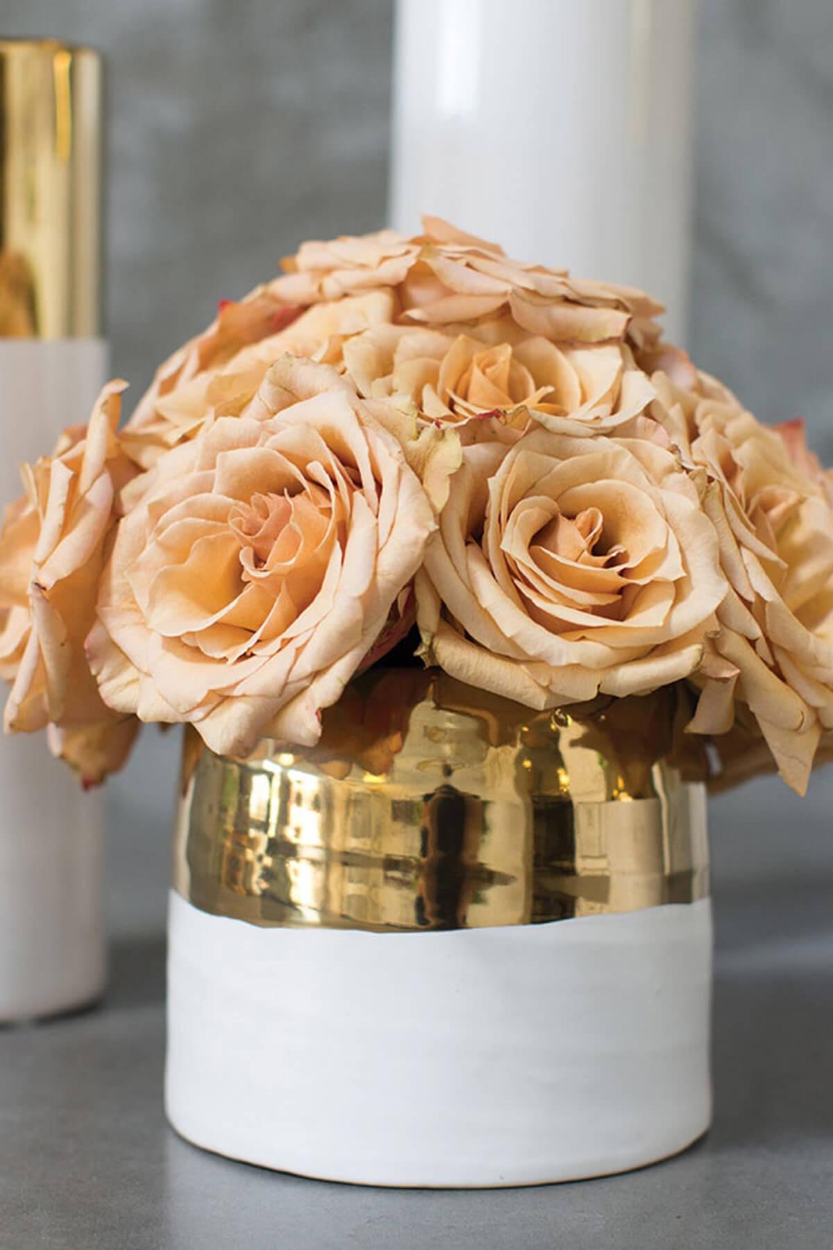 White And Gold Ceramic Claire Vase Pot 5753939 X 53939