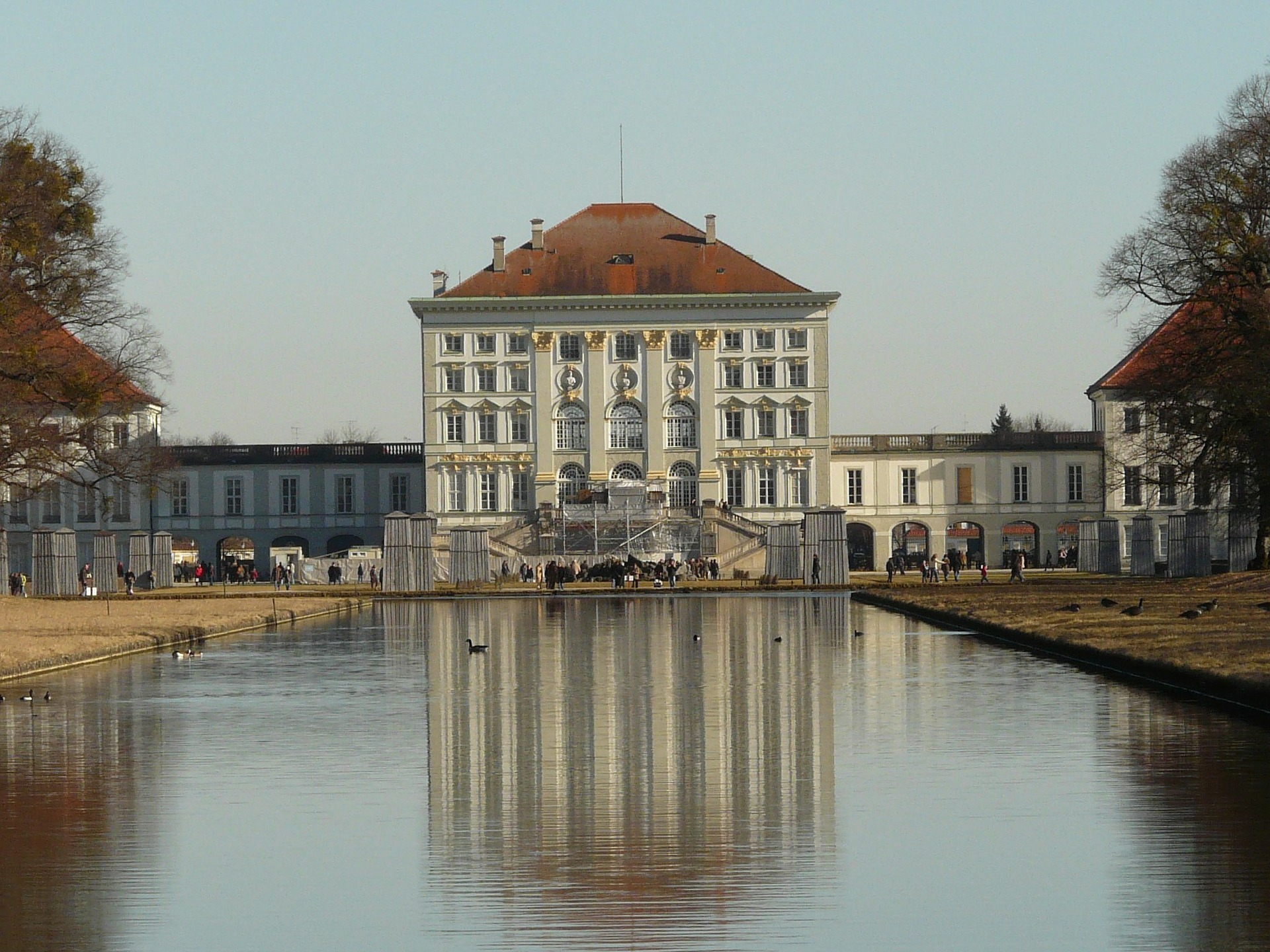 Cash Pool Flughafen München Munich City Guide Places To Go And Things To Do In Bavaria