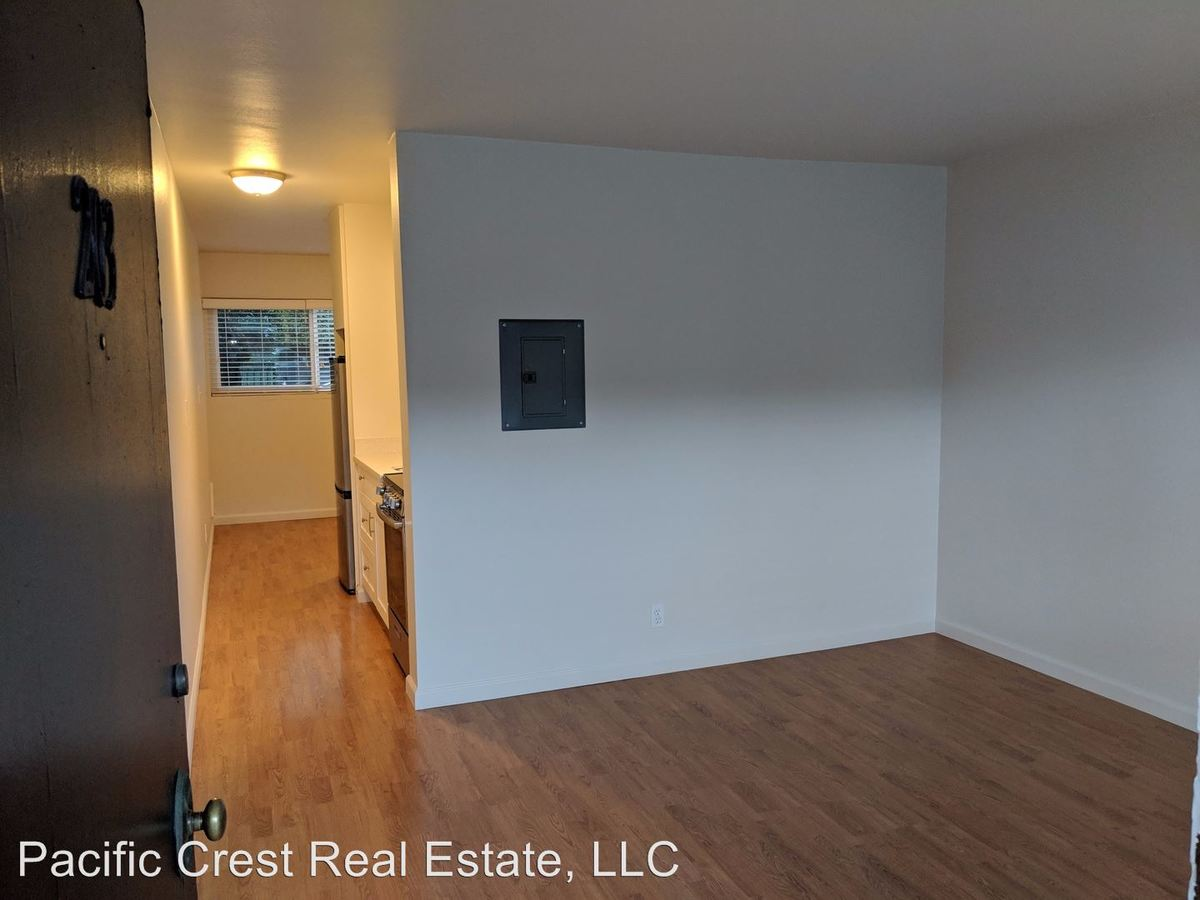 Studio Apartment Melbourne Melbourne 1100 Queen Anne Avenue N Seattle Wa Apartment For Rent