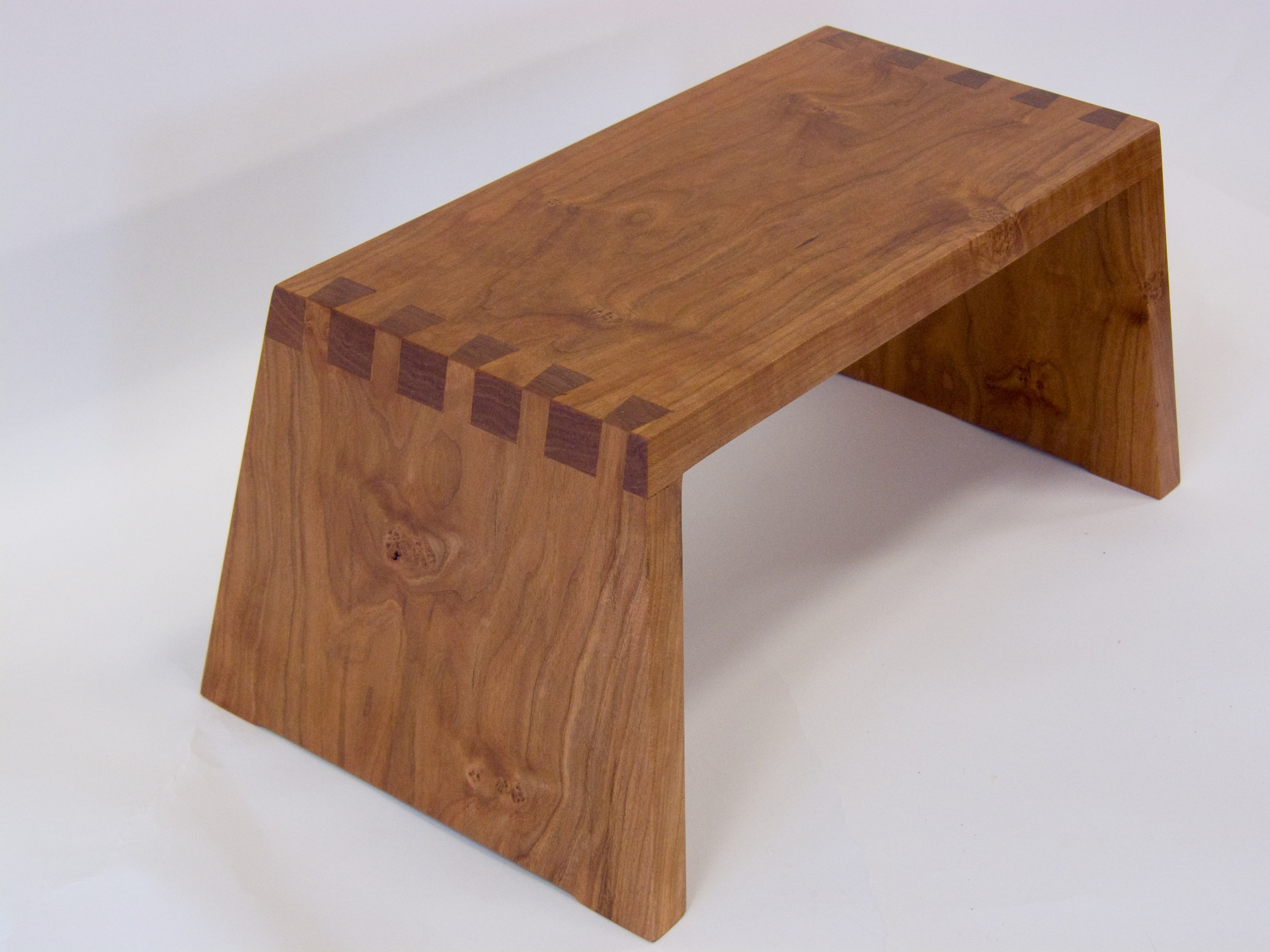 Wooden Steps Make A Beautiful Dovetail Wooden Step Stool