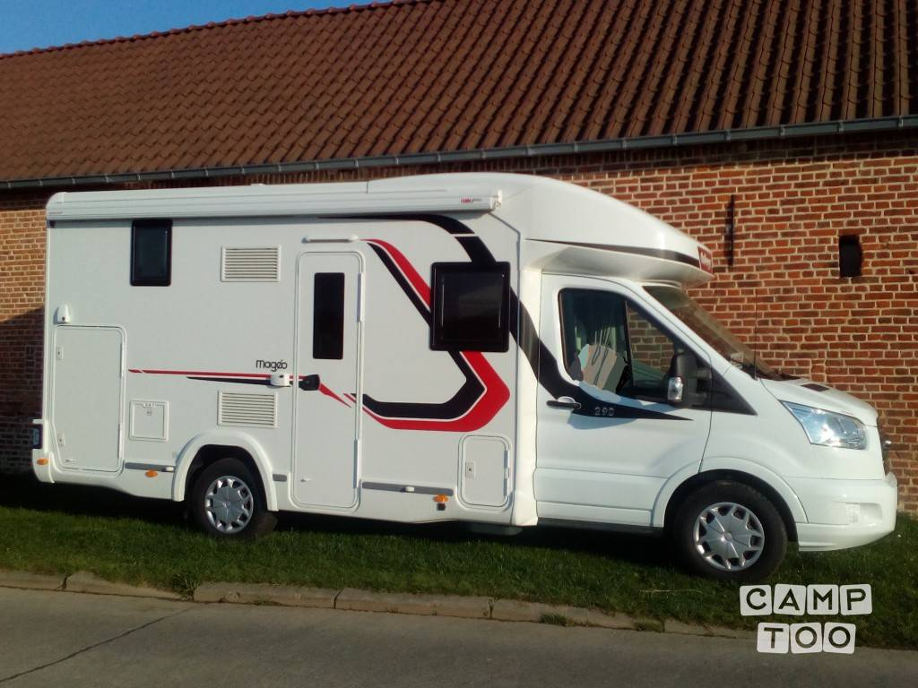 Led Verlichting Camper 12v Hire This Ford Challenger 290 Camper With Camptoo