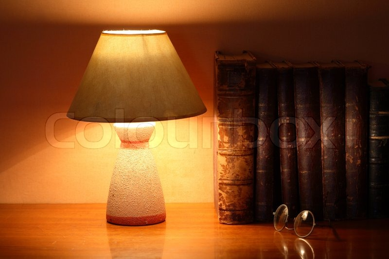 Lampe Aus Papier Basteln Luminous Desk Lamp Near Ancient Books | Stock Photo
