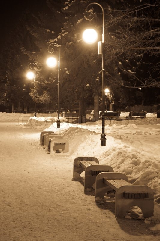 Road Scenery Hd Wallpapers Benches And Street Lights In Winter Park Stock Photo