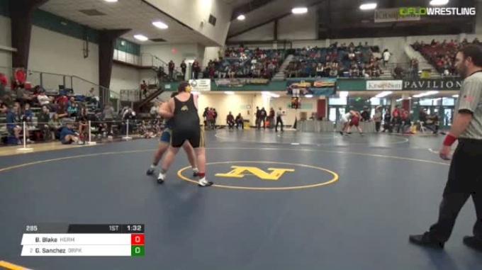 285 lbs Round of 32 - Beau Blake, Hermiston vs Gabe Sanchez, Deer Park