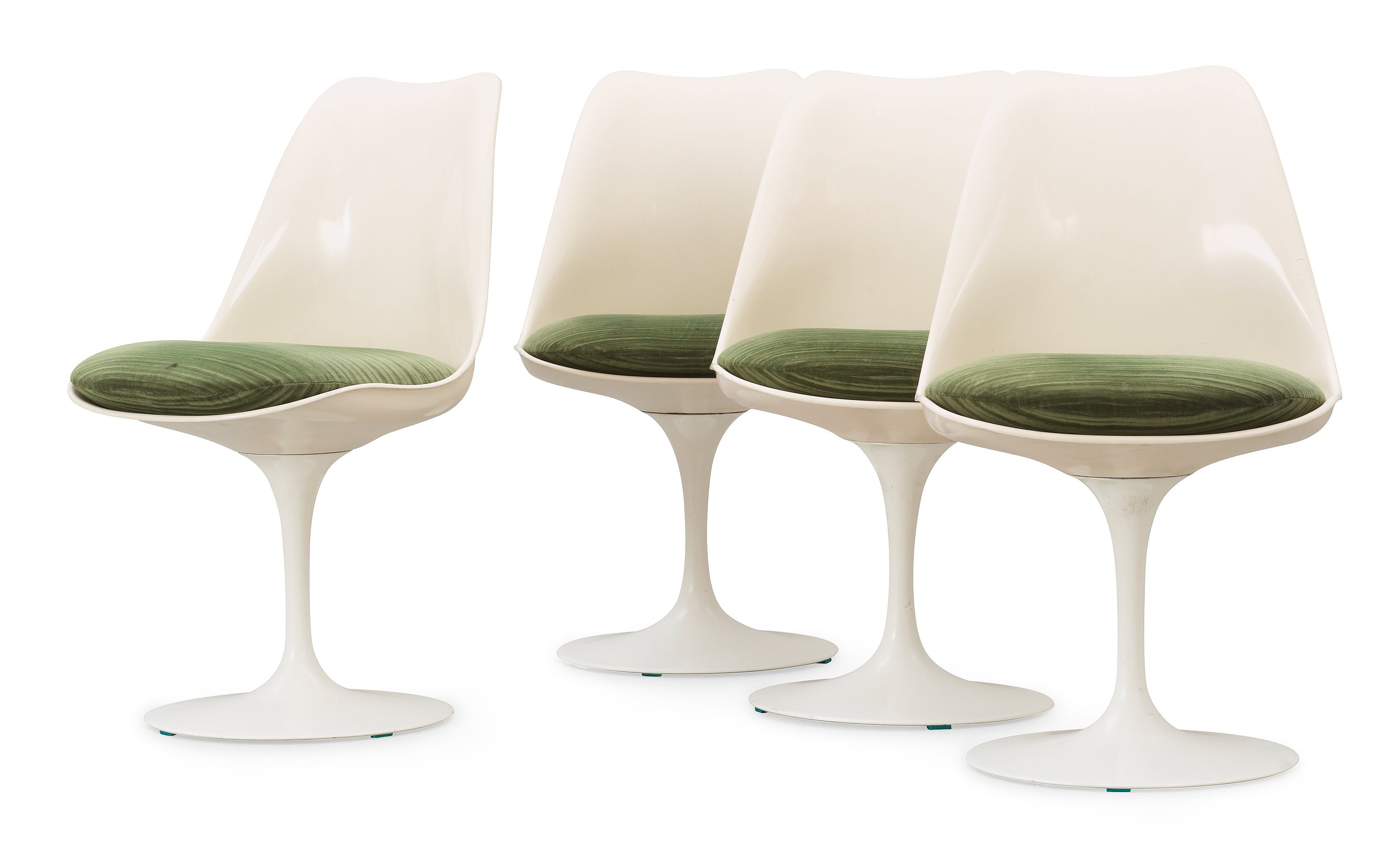 Knoll International Eero Saarinen A Set Of Four Eero Saarinen Tulip Chairs Knoll