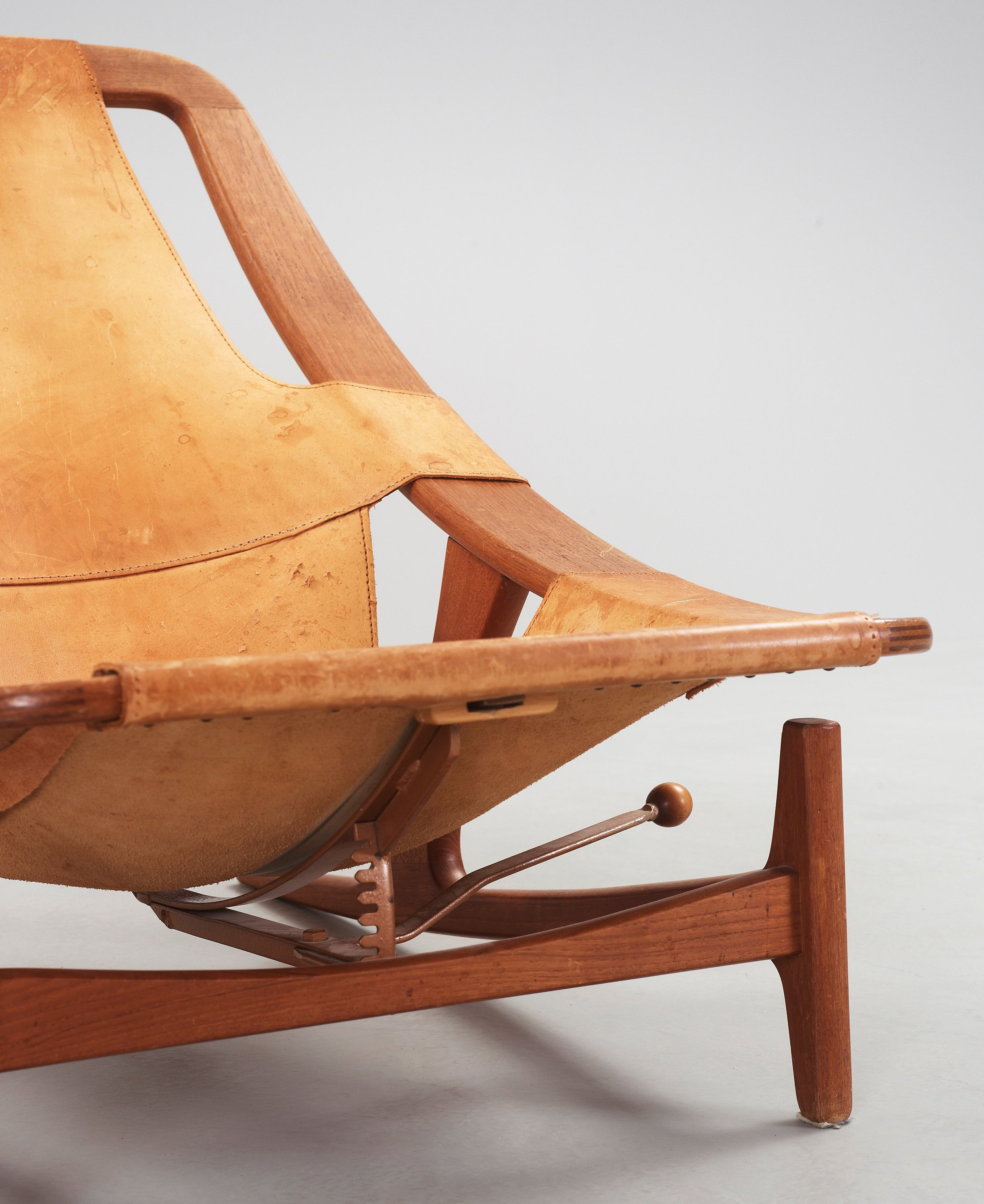 Teak Liege An Arne Tidemand Ruud Holmenkollen Teak And Leather Lounge Chair