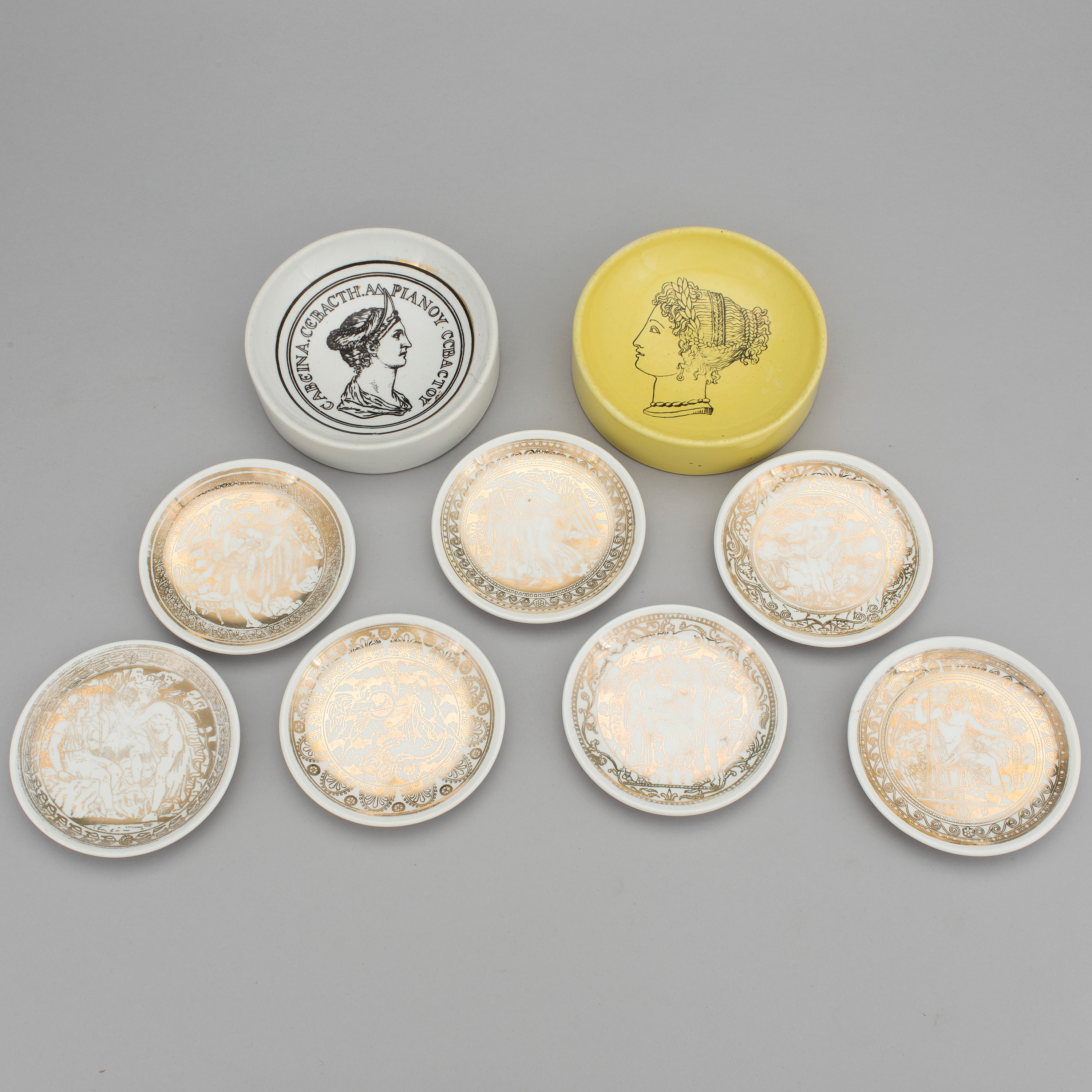 Essteller Set A Set Of Eight Porcelain Ashtrays By Piero Fornasetti