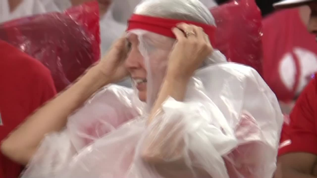 Ponchos Köln Nebraska Vs Akron Game Cancelled