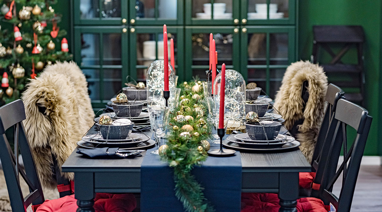 Celebrate In Style With These Trendy Christmas Table Ideas