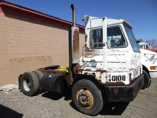 2001 Ottawa YT30 Yard Spotter Truck For Sale Holland, MI