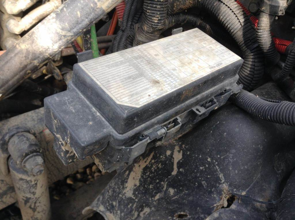 2013 Freightliner Cascadia Fuse Box For Sale Spencer, IA