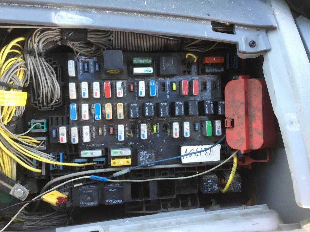 freightliner fuse box location home tips home electrical 2007 ford explorer fuse box location