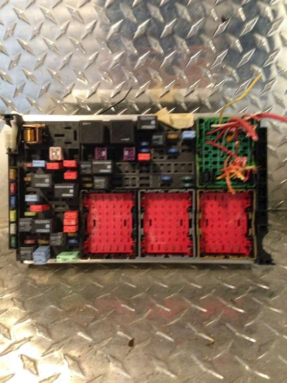peterbilt 388 fuse box