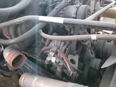 Detroit Series 60 140L Engine for a 2004 Freightliner COLUMBIA For