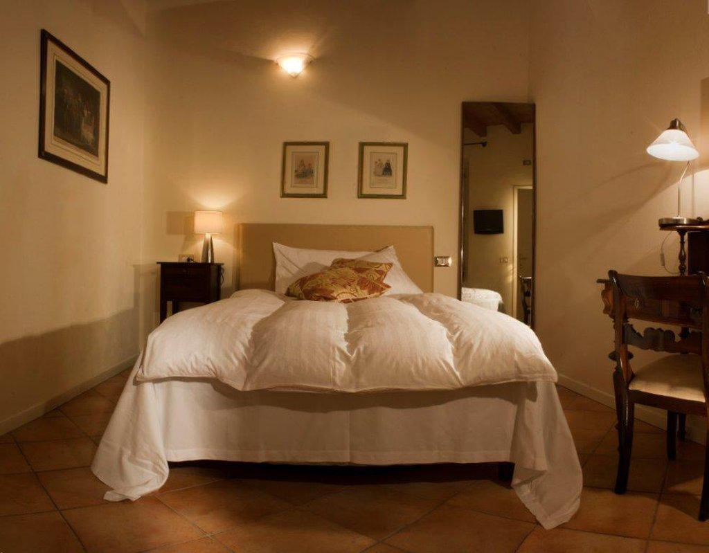 Albergo Orologio Brescia Albergo Orologio Brescia Hotels Skyscanner