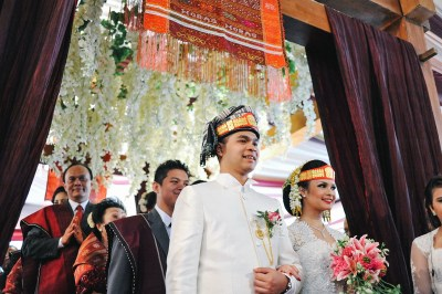 Weddings in Indonesia: A guide to customs and etiquette at ...
