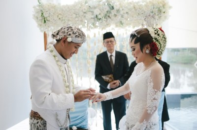 Weddings in Indonesia: A guide to customs and etiquette at ...